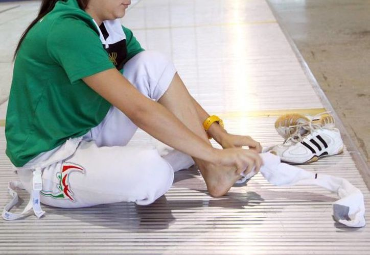La selección mexicana de sable, cuenta con la participación de la yucateca Alekxandra Echerverria, además de la campeona panamericana, Paola Pliego.(Milenio Novedades)