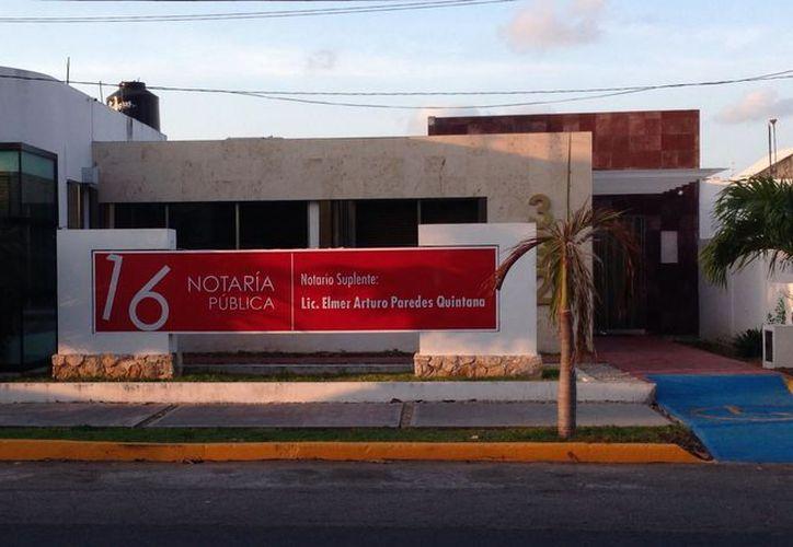 Únicamente tres personas se encargaban de ver por 124 notarías registradas en el estado. (Foto: Joel Zamora/SIPSE).