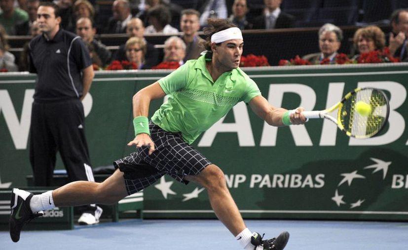 Nadal llega a París tras vivir una de las mejores temporadas de su vida: ganó diez títulos tras recuperarse de una larga lesión de rodilla. (EFE/Archivo)