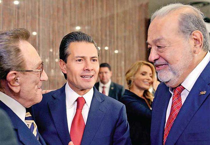 El Presidente estuvo acompañado por su esposa, Angélica Rivera, y por empresarios de origen libanés. (Excelsior)