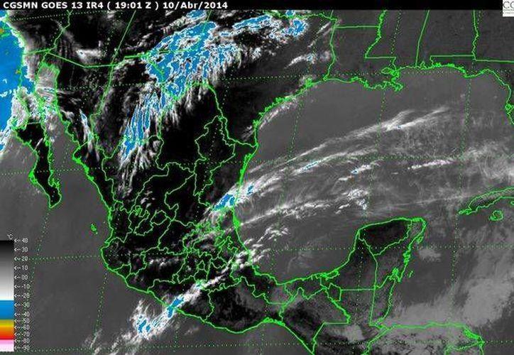 Imagen de satélite de la República Mexicana, este jueves 10 de abril de 2014. (smn.cna.gob.mx)