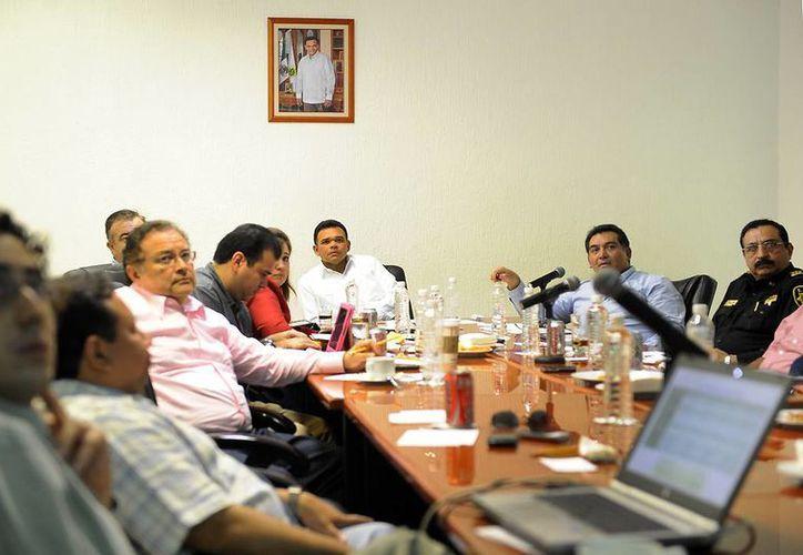 Zapata Bello exhortó al Gabinete a mantener abierta la comunicación con autoridades federales, estatales y municipales, así como grupos políticos y de la sociedad civil. (Cortesía)