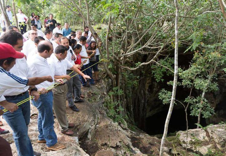 El gobernador Rolando Zapata presidió la entrega de más de 8 mdp para impulsar el turismo de naturaleza en 6 municipios. En la foto, el parador turístico Subinteh,  en Homún. (Foto cortesía del Gobierno de Yucatán)