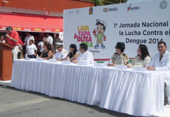 Ayer arrancó la primera Jornada Nacional de Lucha Contra el Dengue.  (Yesenia Barradas/SIPSE)