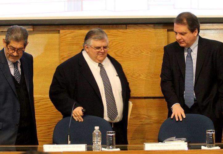 La Junta de Gobierno del Banco de México, presidida por Agustín Carstens, aseguró que los datos sobre la inflación han sido favorables. (Archivo/Notimex)