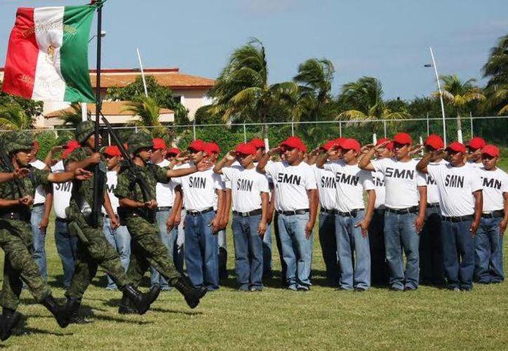 Los conscriptos cumplirán 44 sesiones de adiestramiento sabatino. (Redacción/SIPSE)