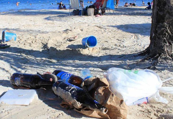 Se crearán esculturas con la basura que se recolecte en Isla Blanca el 14 de mayo. (Redacción/SIPSE)
