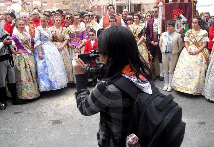 La reputación de turistas chinos está por los suelos porque uno de ellos pintó sobre una efigie egipcia. (globalasia.com/Contexto)