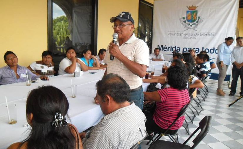 Aspecto de la reunión con los comisarios y subcomisarios de Mérida. (Cortesía)