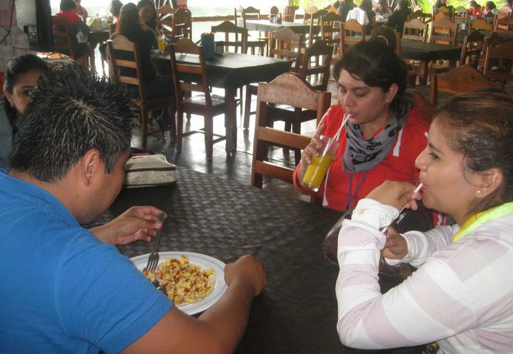 Auguran que el 80 por ciento del sector restaurantero y hotelero resultará beneficiado con la medida. (Javier Ortíz/SIPSE)
