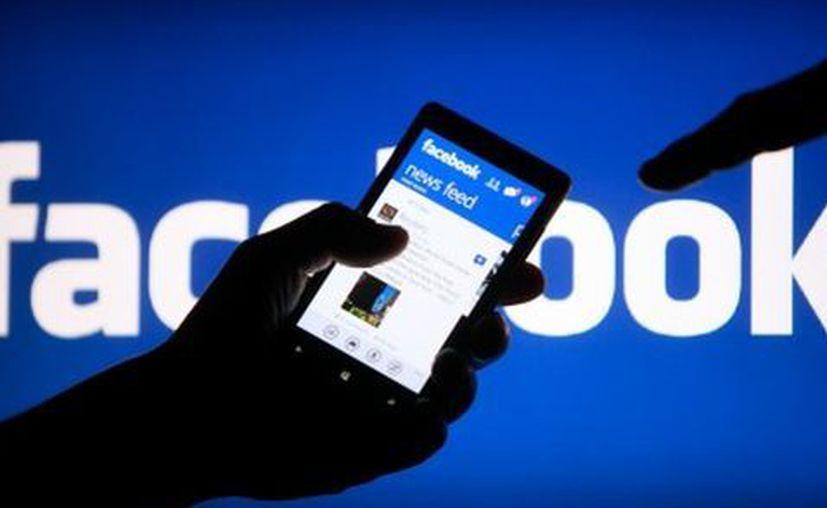 Los usuarios podrán descargar los datos compartidos con Facebook. (Milenio)