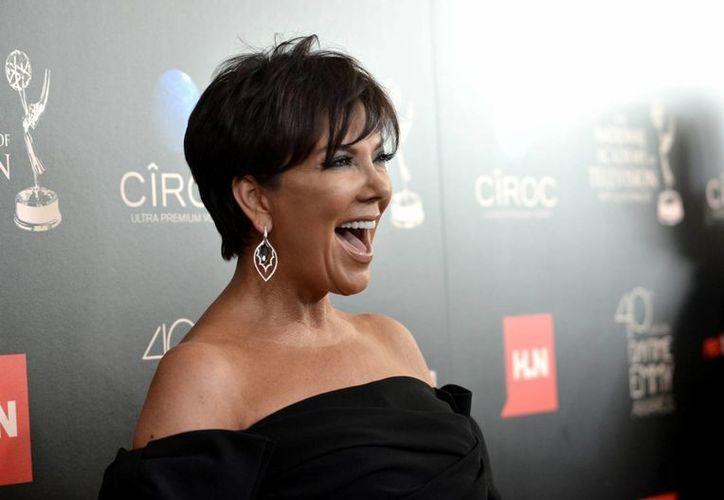 Kris Jenner a su llegada a los premios Emmy Diurnos. (Agencias)