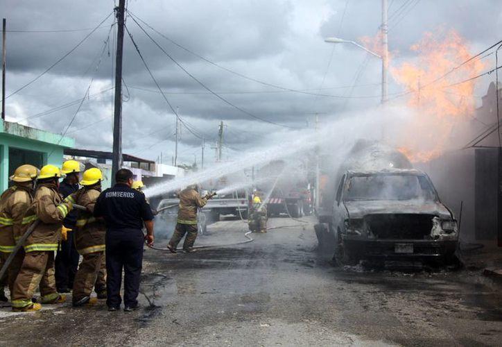 El gas LP ha sido <i>protagonista</i> de dos accidentes en menos un mes, el primero, la explosión de gas en el fraccionamiento Polígono 108 CTM (foto) con consecuencias fatales.(SIPSE/Archivo)
