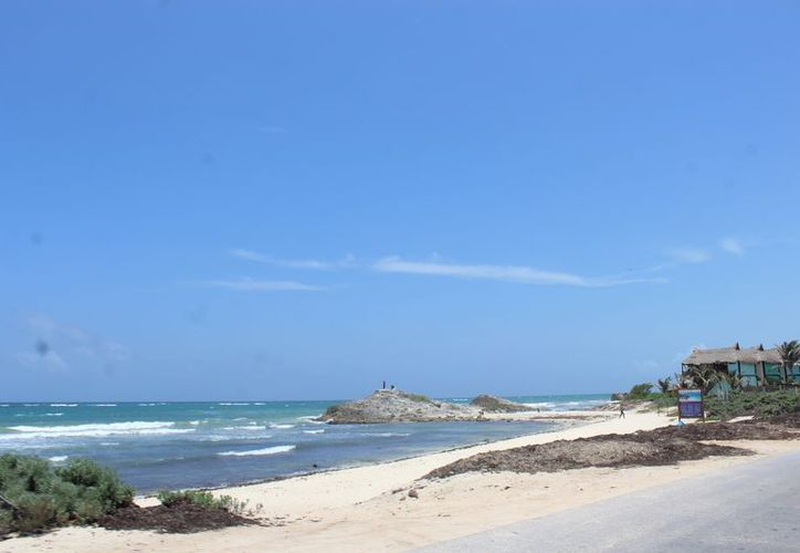 Persistirán hasta tener playas inclusivas en el municipio. (Foto: Sara Cauich/SIPSE)