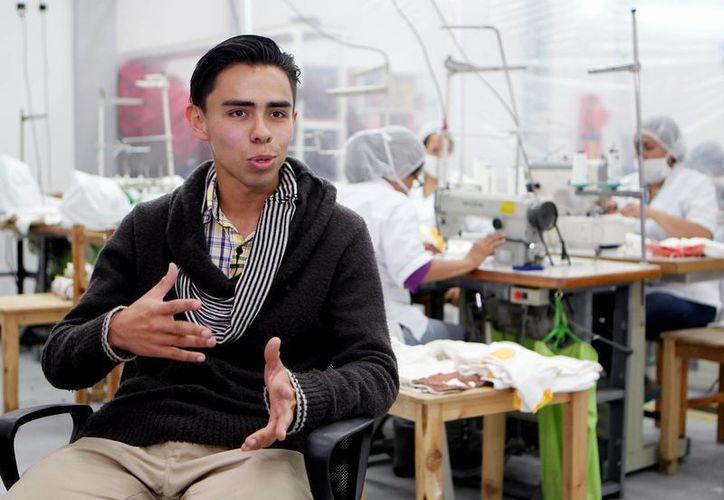 """Miller Muñoz, gerente de la compañía colombiana Grupo Proaltex S.A.S, creadores de la marca """"Friendly"""", en Bogotá, Colombia. (EFE)"""