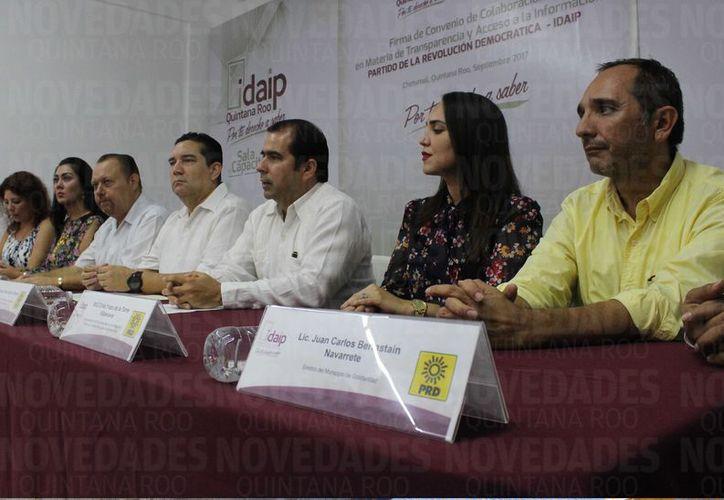 Ayer, el Partido de la Revolución Democrática (PRD) se convirtió en el segundo partido político en signar un convenio formal con el Idaip. (Joel Zamora/SIPSE)