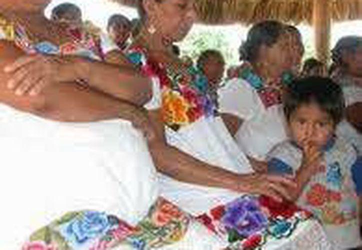 Las madres del sector rural de Quintana Roo viven en mejores condiciones sociales y en apego a sus derechos en comparación al siglo pasado. (Contexto/INTERNET)