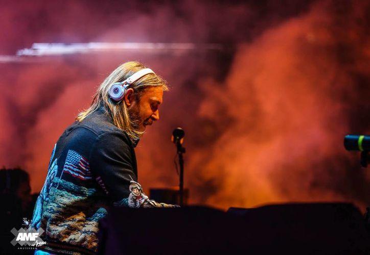 Dos de los conciertos de David Guetta fueron cancelados, debido a que no hubo autorización de parte de las autoridades de la India. (Foto tomada de Facebook/David Guetta)