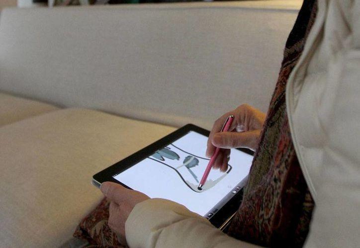 Analistas indicaron que la venta de tabletas también presenta una reducción debido a la saturación del mercado. (Archivo/SIPSE)