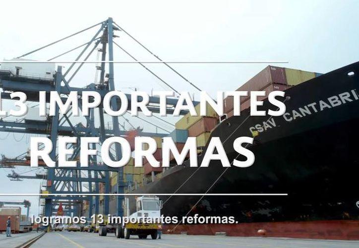 Vía Twitter y con un video institucional, Peña Nieto agradeció el comprimiso de todos los servidores públicos del país en estos cuatro años de su gestión. (Captura de pantalla/YouTube)