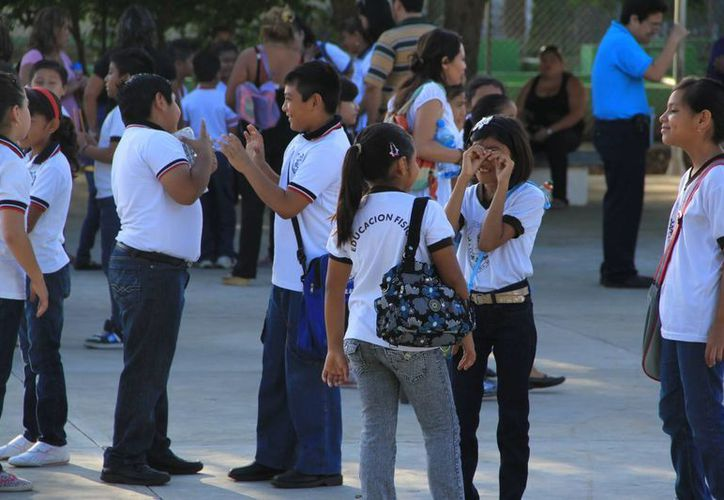 Las escuelas deben impulsar una cultura de protección a los derechos de los niños. (Archivo/Notimex)