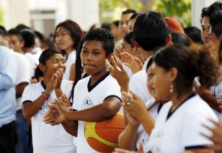 Los programas para los jóvenes deben tomar en cuenta aspectos de cada comunidad, indicó Alaine López Briceño, titular de la Sejuve. (Archivo/SIPSE)