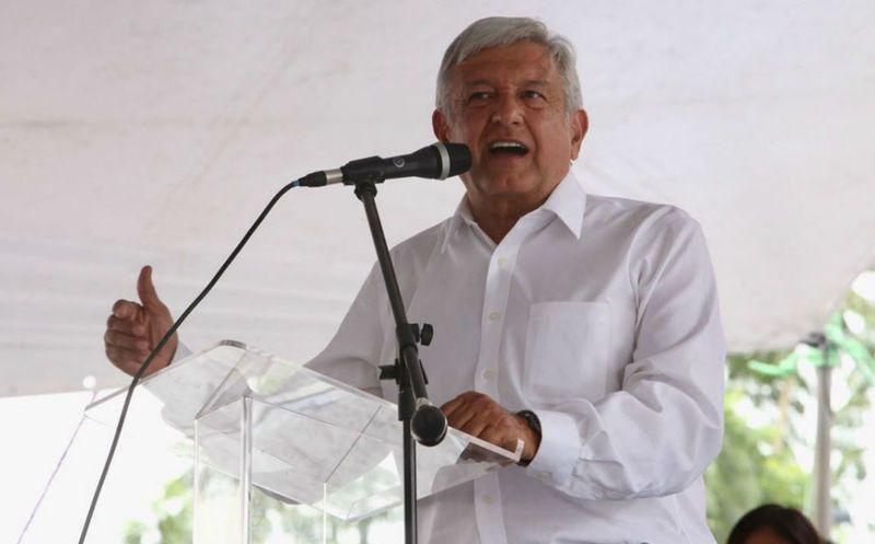 En los spots, López Obrador dice junto a su candidato a gobernar Chiapas que pronto habrá justicia social. (Proceso)