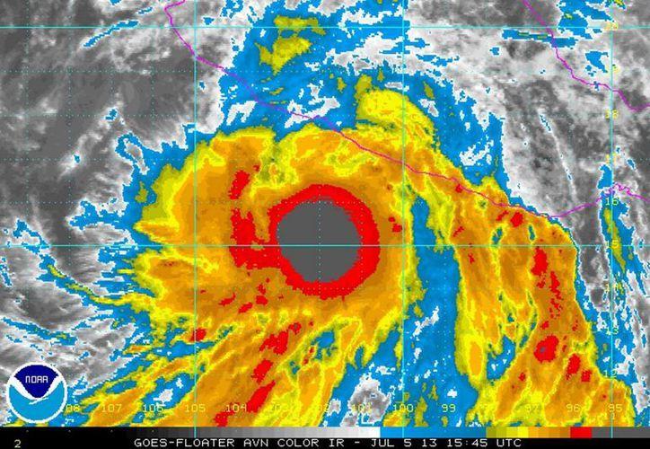 """El fenómeno no representa peligro para tierra firme. La imagen corresponde a la tormenta tropical ''Erick"""". (Archivo/Notimex)"""