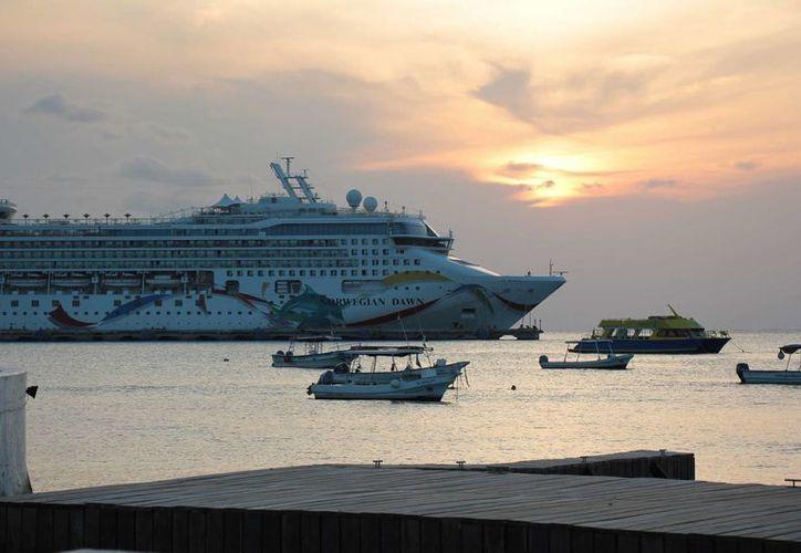 Del 25 de abril al 1 de mayo se espera la llegada de 16 embarcaciones a Cozumel. (Gustavo Villegas/SIPSE)