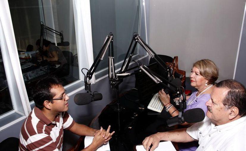"""En """"Salvemos Una Vida"""" dieron a conocer el programa del Mérida Fest. (Juan Albornoz/SIPSE)"""