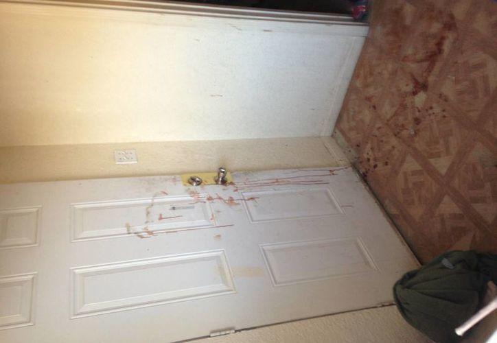 El hombre mató a tiros a una mujer, cuyo domicilio presentaba rastros de sangre. (Agencias)