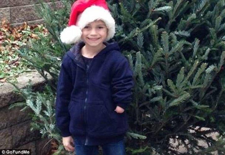 El deseo del pequeño Christopher será cumplido, pues ya se duplicó el dinero necesario para la prótesis que desea. (gofundme.com)