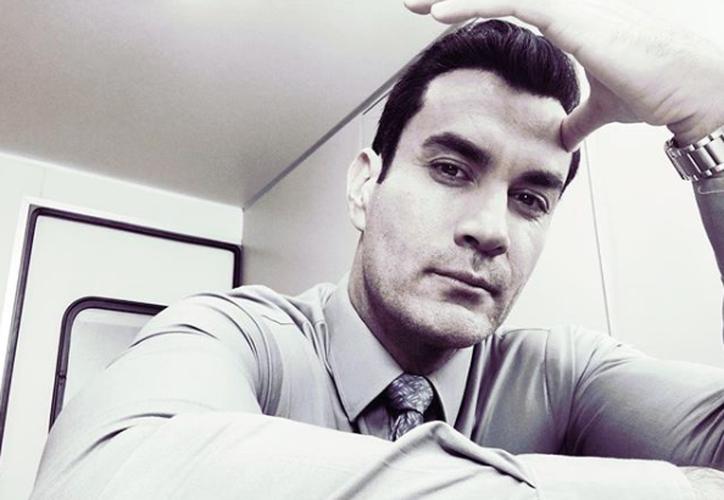 Hasta el momento el protagonista de Por amar sin ley no ha declarado nada al respecto. (Instagram)