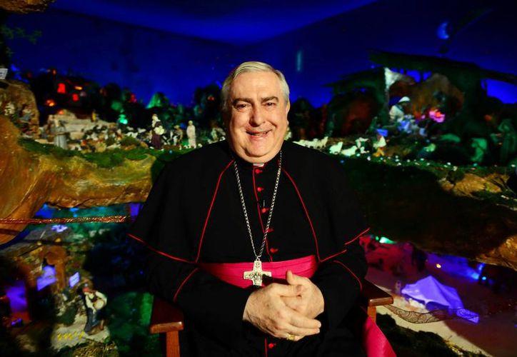 El Arzobispo Carlos Berlié Belauzarán dirigió su mensaje desde el asilo Brunet Celarain. (Milenio Novedades)