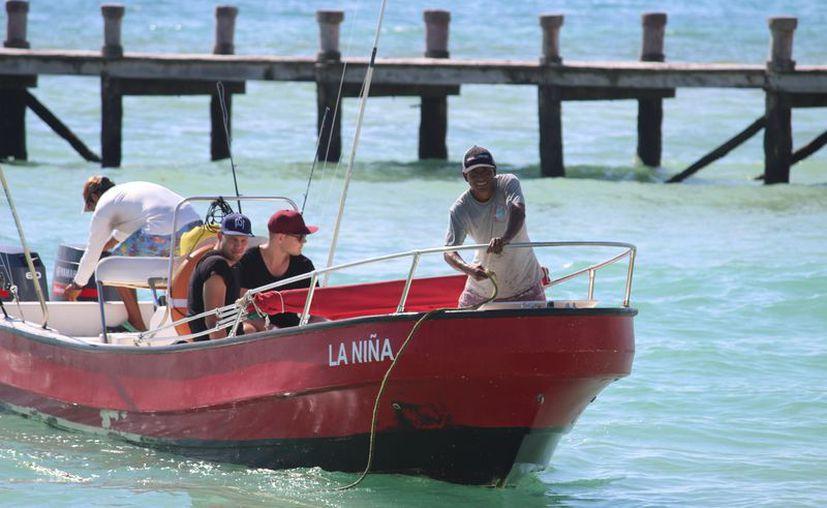 Las embarcaciones registran baja actividad después del fin de semana largo. (Octavio Martínez/SIPSE)