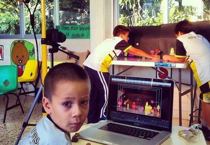 El taller va dirigido para niños de 6 a 15 años, para ayudarlos a explorar sus capacidades creativas. (Milenio Novedades)