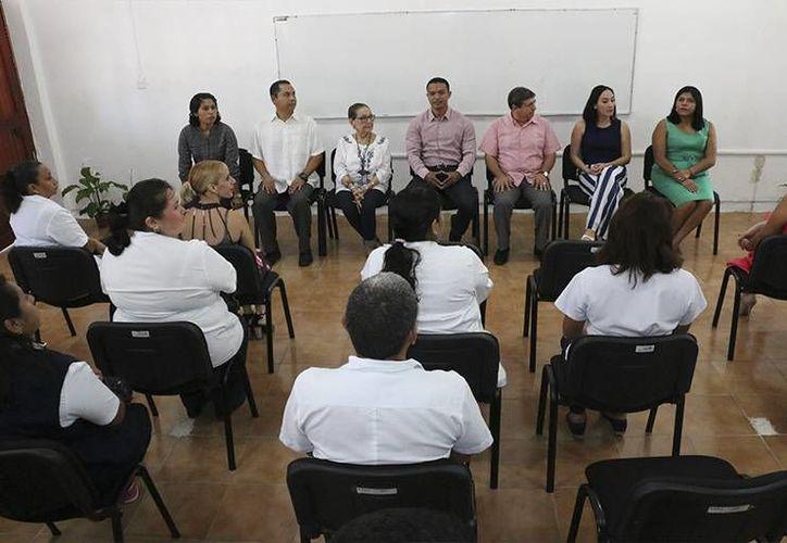El curso será impartido por Xima de las Mercedes Huertas Pech, graduada de la facultad de medicina de la Universidad Autónoma de Yucatán. (Claudia Martín/SIPSE)