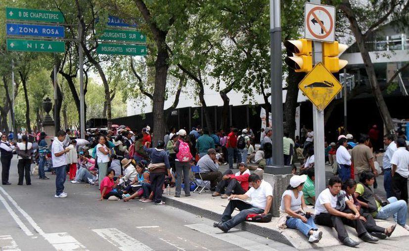 Bloqueo de maestros del CNTE en las instalaciones del Senado. (Notimex)