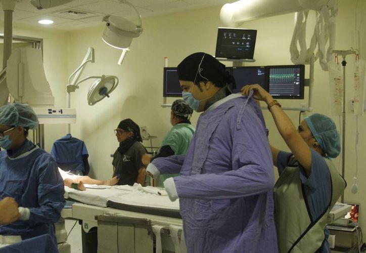 En días pasados, el Hraepy registró cirugías de corazón a dos niñas con cardiopatías congénitas, siendo la primera vez que ese centro médico realiza intervenciones de ese tipo. (César González/SIPSE)