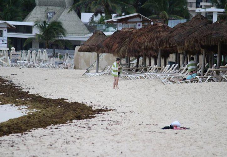 Las condiciones climatológicas alejaron a los turistas de las zonas de playas. (Adrián Barreto/SIPSE)