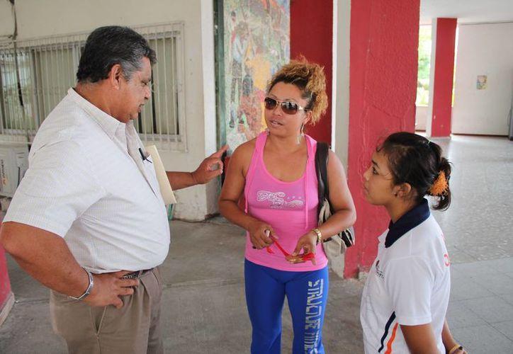 Nahomi Hoyos Domínguez manifestó que se siente defraudada, por la serie de engaños de los que tanto ella como Daniel Kú han sufrido. (Miguel Maldonado/SIPSE)