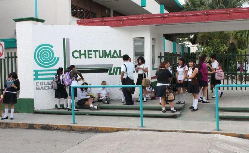 La presentación de los trabajos será de 11:00 a 13:00 horas, en el domo del Colegio de Bachilleres de Quintana Roo, plantel uno. (SIPSE)