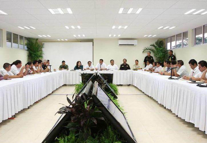 Zapata Bello destacó que la comunicación y capacitación son fundamentales para fortalecer las policías municipales y garantizar la paz en la entidad. (Cortesía)