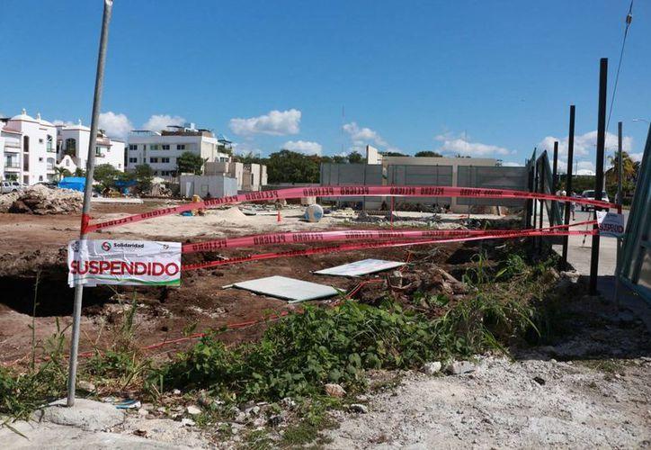 La Dirección de Normatividad suspendió las obras de la avenida Constituyentes entre la 25 y 20 avenida. (Daniel Pacheco/SIPSE)