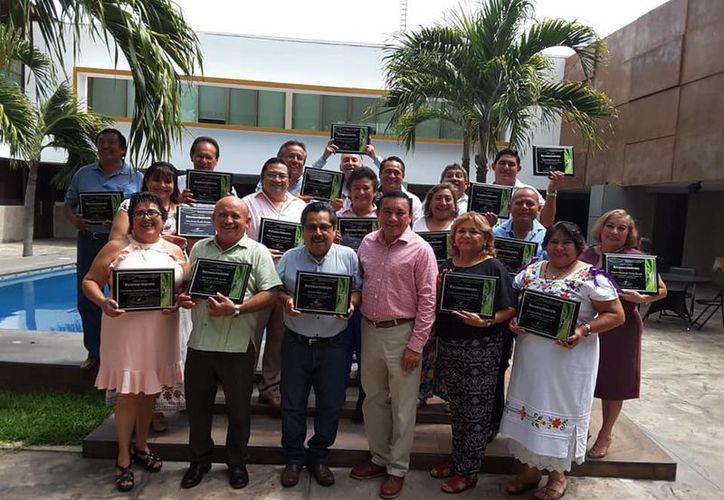 Maestros del sindicato. (Imagen ilustrativa tomada de SYTTE Yucatán Oficial)