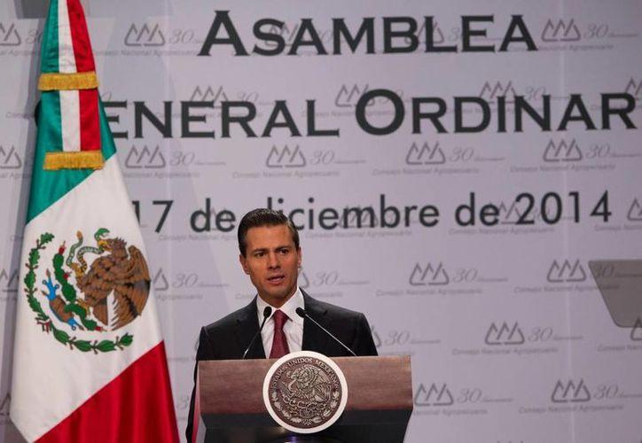 El presidente Enrique Peña Nieto celebró que en la Cámara de Diputados se tenga ya una ruta concreta que permita la materialización de todo un sistema nacional anticorrupción, esto lo dijo en el 30 aniversario del Consejo Nacional Agropecuario. (presidencia.gob.mx)