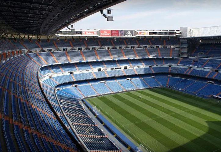 El segundo partido de la final de la Copa Libertadores, entre River Plate y Boca Juniors se jugará en el estadio Santiago Bernabéu, en Madrid, España. (La Nación)