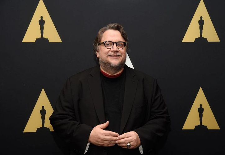 Guillermo del Toro estrena le película 'Crimson Peak', un cuento de hadas oscuro con elementos sobrenaturales y de melodrama. (Archivo/AP)