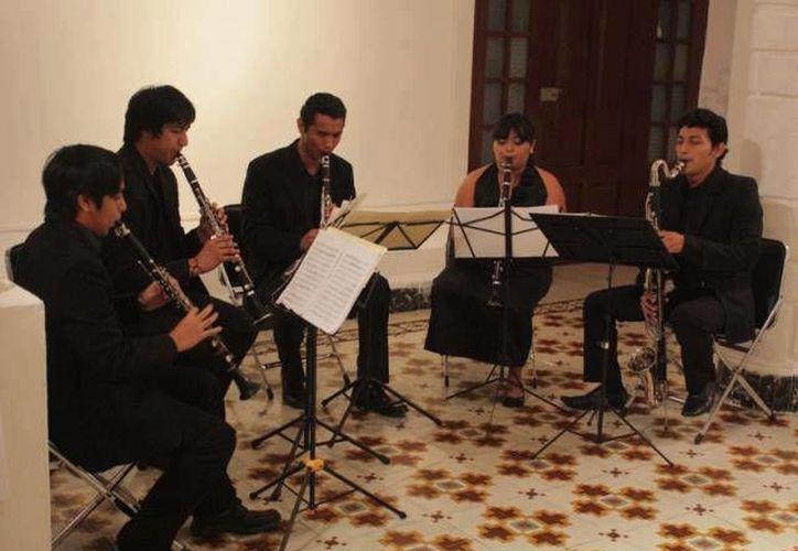 El Centro Cultural ProHispen abre sus puertas a los nóveles músicos. (Milenio Novedades)