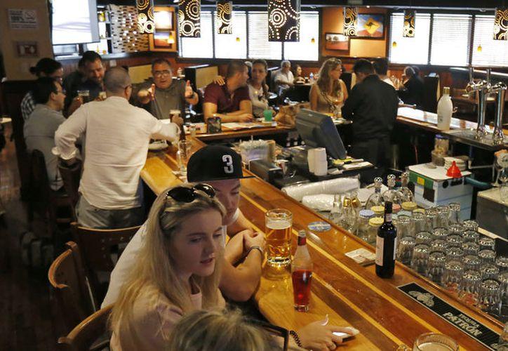 Restaurantes esperan repunte de 50% en ventas. (Foto: Jesús Tijerina/SIPSE)